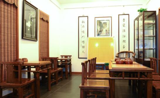 上海秦汉胡同闵行区横沥路校区