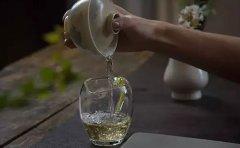 秦汉胡同教育秦汉胡同的茶艺课程教你泡茶技巧